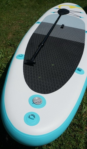 paddle board cleaning maintenance
